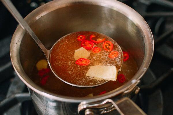Tự nấu phở gà kiểu mới ngon mê ly với công thức siêu đơn giản 2