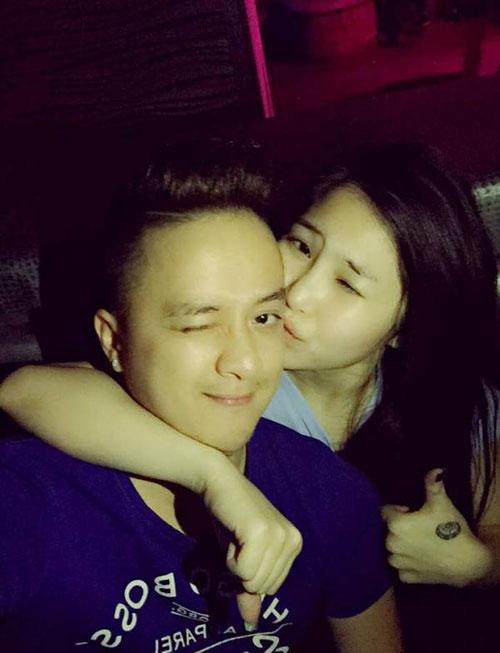 Lấy vợ rồi nhưng Cao Thái Sơn vẫn thường xuyên ôm ấp cô gái này - 10