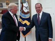 Trump bị tố tiết lộ thông tin tối mật cho quan chức Nga