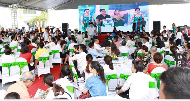 Tìm được chủ nhân may mắn mua An Bình City nhận giải đặc biệt xe ô tô Madza 3 - 3