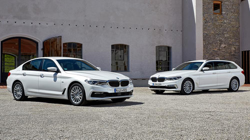 BMW 5-Series 2017 tung bản giá rẻ dưới 1,2 tỷ đồng - 1