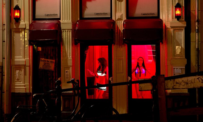 Hà Lan mở nhà thổ kiểu mới, cho gái mại dâm làm sếp - 1