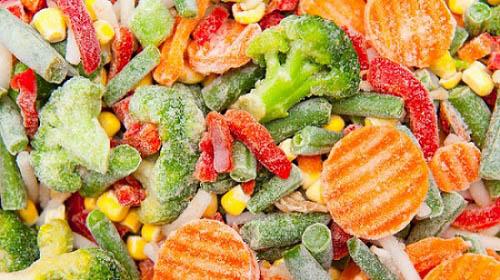 Bất ngờ: Rau quả đông lạnh bổ dưỡng hơn rau quả tươi - 1