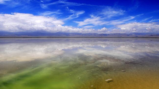 """Khám phá nơi được coi là """"Gương bầu trời"""" ở TQ - 4"""