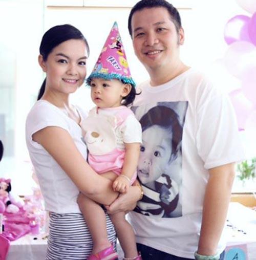 """Bị đồn hôn nhân trục trặc, Quang Huy phá lệ """"dằn mặt"""" showbiz - 1"""