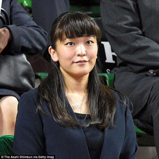 Công chúa Nhật Bản từ bỏ địa vị để kết hôn thường dân - 4