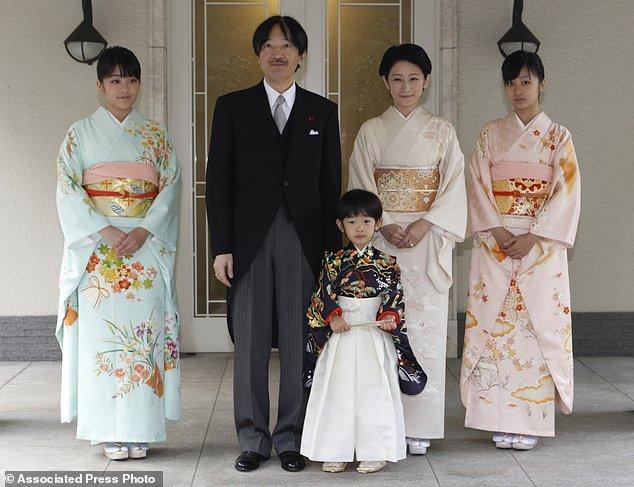 Công chúa Nhật Bản từ bỏ địa vị để kết hôn thường dân - 5