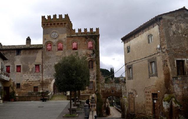 Ý: Biếu không 100 tòa lâu đài, biệt thự cho ai cần - 3