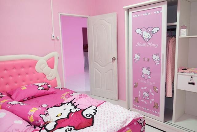 Bố mẹ của năm: Bỏ trăm triệu xây nhà Kitty hồng rực cho con gái - 3