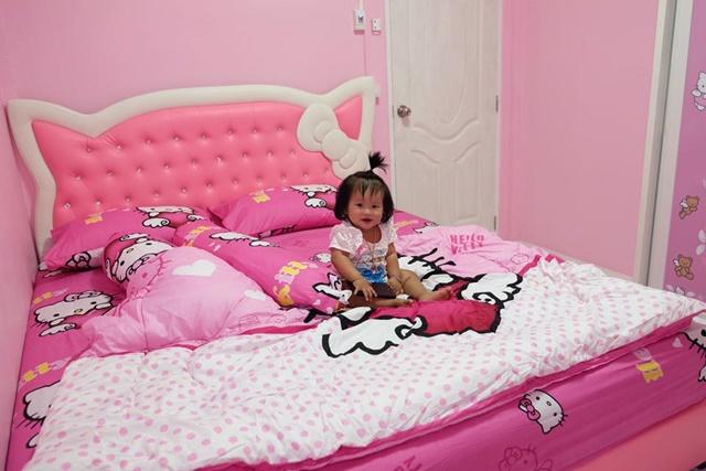 Bố mẹ của năm: Bỏ trăm triệu xây nhà Kitty hồng rực cho con gái - 7