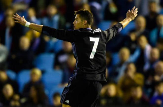 Ronaldo sút phi đạn phá kỷ lục, tự tin thâu tóm thế giới - 1
