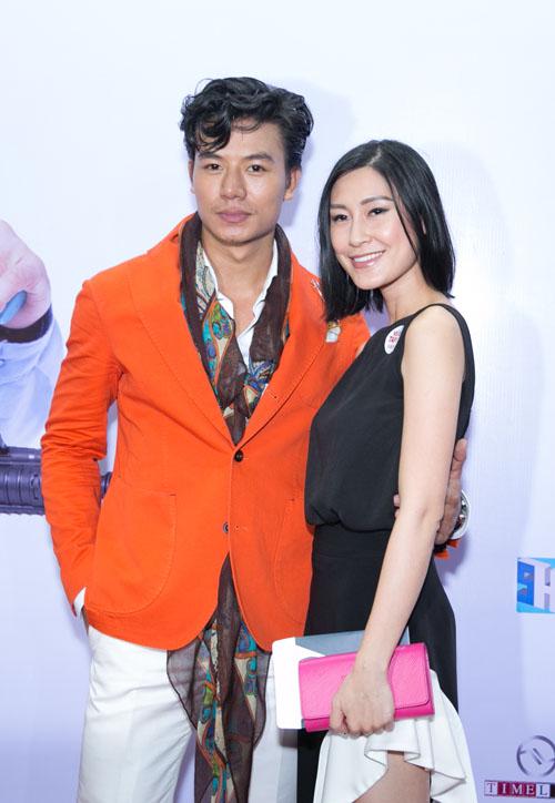 Johnny Trí Nguyễn cưỡi mô tô gần nửa tỉ đi xem phim sau tai nạn - 10