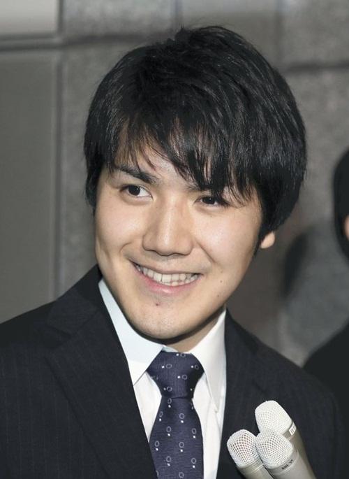 Chân dung chàng thường dân sắp kết hôn với công chúa Nhật - 1