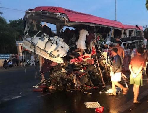 Vụ tai nạn 13 người chết: Đã có giám định mẫu máu của tài xế xe tải