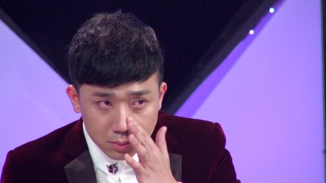 Trấn Thành khóc đỏ mắt vì thí sinh thi hát để giành 50 triệu - 2