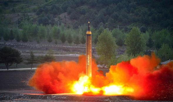 Trump chỉ có 10 phút đáp trả nếu Triều Tiên nã hạt nhân 3