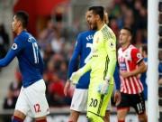 """Bóng đá - MU yên tâm đấu 11m với Ajax: Nhờ """"Vua penalty"""" Romero"""