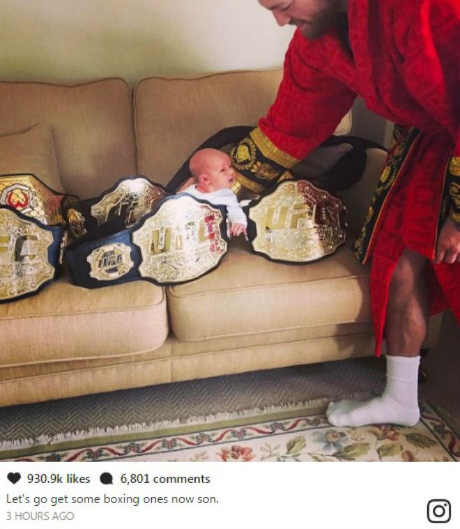 """McGreagor hạ bút ký boxing """"sinh tử"""" tỷ đô với Mayweather - ảnh 1"""