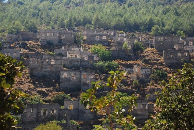 """Câu chuyện bí mật về thị trấn """"ma"""" hoang phế ở Thổ Nhĩ kỳ - 3"""