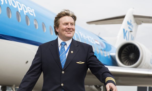 Vua Hà Lan bí mật lái máy bay chở khách suốt 21 năm - 1