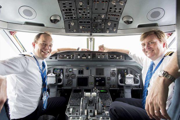 Vua Hà Lan bí mật lái máy bay chở khách suốt 21 năm - 2