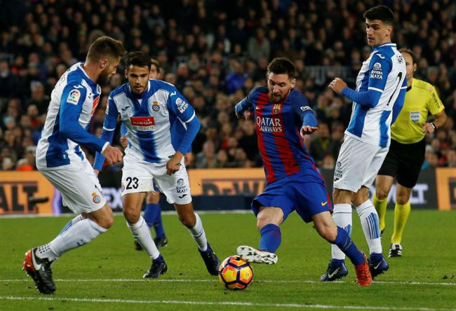 Messi quyết đấu Ronaldo: Ở lại Barca, đòi tậu 4 bom tấn - 2