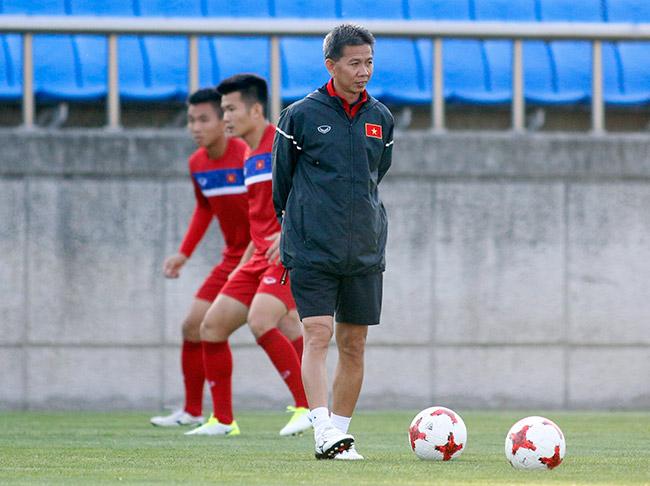 Hot boy U20 VN khiến HLV Hoàng Anh Tuấn âu lo - 7