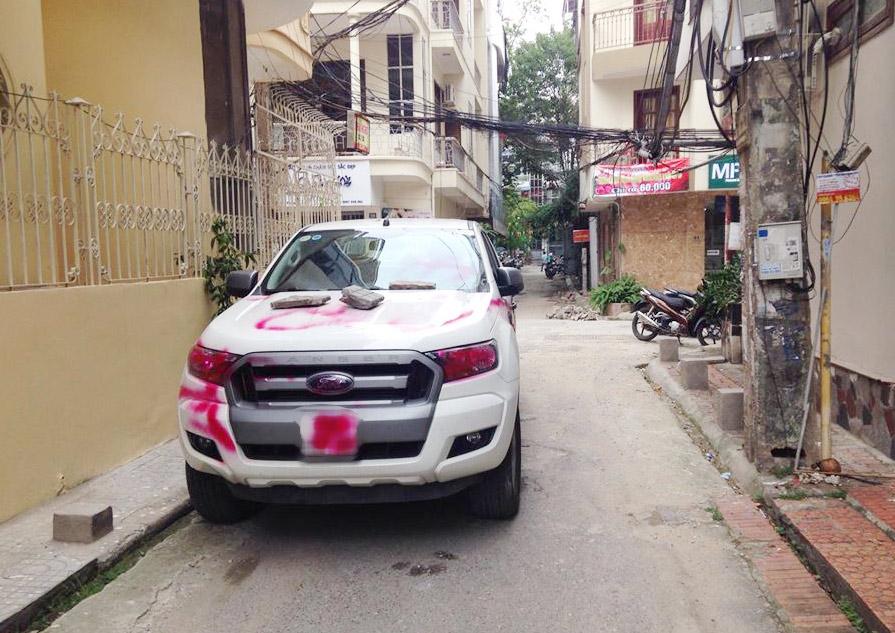 """Vụ ô tô bị sơn chữ """"NGU"""": Chủ xe có thể bị phạt? - 2"""