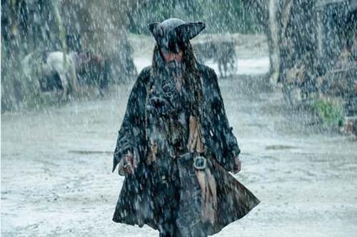 """Thói tiêu hoang của Johnny Depp đến từ vai diễn """"quái dị"""" này - 4"""