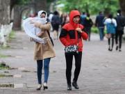 Tin tức trong ngày - Vì sao giữa mùa hè, miền Bắc trở lạnh và mưa mịt mù?