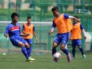 """Bóng đá - U20 Việt Nam được Xuân Trường cổ vũ, thấy New Zealand """"thường thôi"""""""