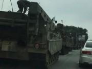 Đoàn xe quân sự HQ rầm rộ áp sát biên giới Triều Tiên?