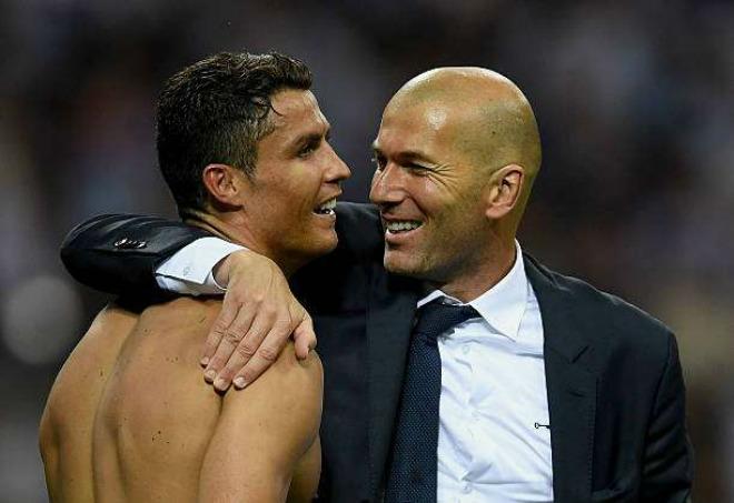 """Real - Ronaldo mơ cú đúp Vàng: """"Không thầy đố mày làm nên"""" - 3"""