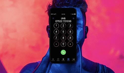 iPhone 8 cuối cùng đã vừa có thể nghe nhạc, vừa sạc pin - 1