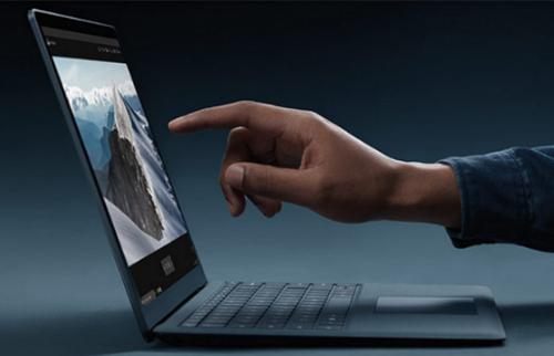 Microsoft Surface đọ sức cùng Dell XPS 13 - 5