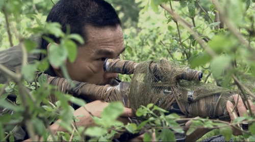 """""""Người phán xử lồng tiếng như phim Hồng Kông"""" và nhiều phim Việt mắc lỗi hài hước - 1"""