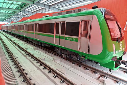 Cận cảnh đoàn tàu và nhà ga đường sắt trên cao sắp đưa vào hoạt động - 2
