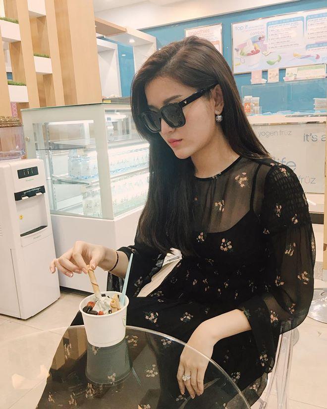"""Á hậu Huyền My u buồn nhưng vẫn đẹp """"rụng rời"""" - 12"""