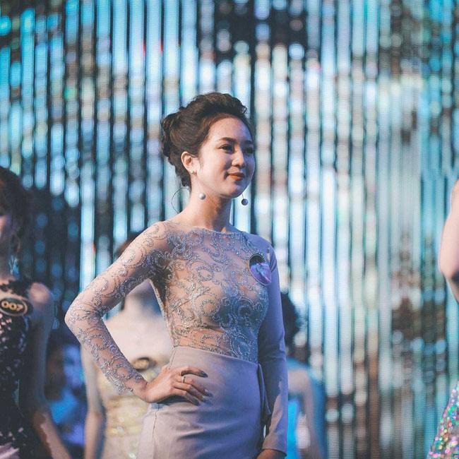 Cuộc thi tìm ra gương mặt đại diện của trường Đại học Thăng Long (Hà Nội)- ngôi trường nổi tiếng nhiều trai xinh gái đẹp thu hút sự quan tâm đặc biệt của dân mạng những ngày vừa qua. & nbsp;