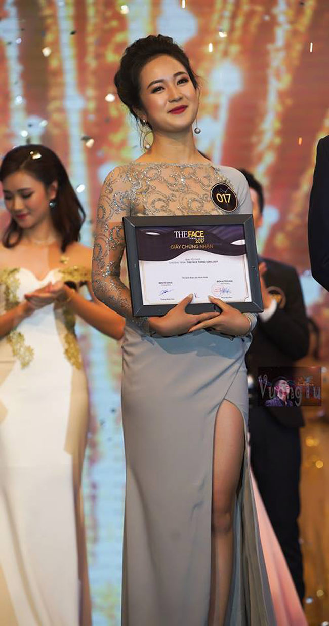 Trải qua nhiều phần thi cam go và hàng trăm ứng viên tài năng, Nguyễn Thanh Thủy (sinh viên ngành Quản trị Dịch vụ Du lịch & nbsp;và Lữ hành) giành ngôi vị quán quân trong đêm chung kết diễn ra ngày 16/5. & nbsp;
