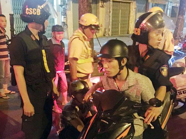 Nhiều cô gái ở Sài Gòn đi đêm bị đập đầu, cướp tài sản - 1