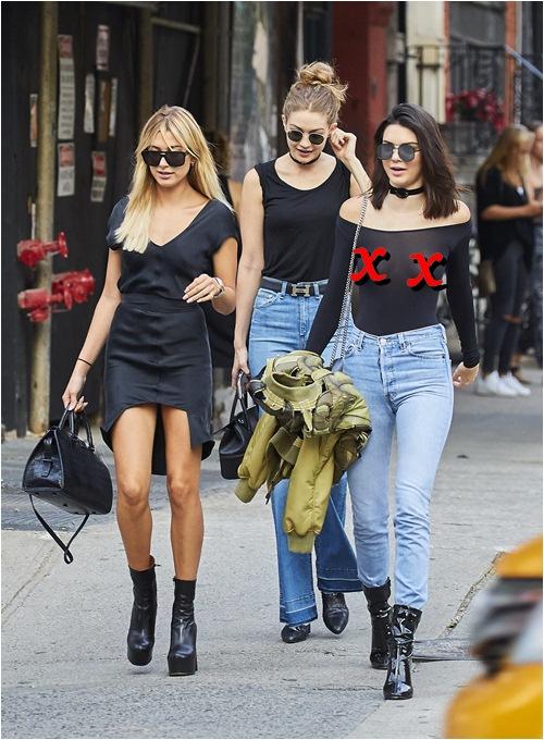 """Hot girl số 1 Hollywood lại gây sốt với mốt quần """"mặc như không"""" - 8"""