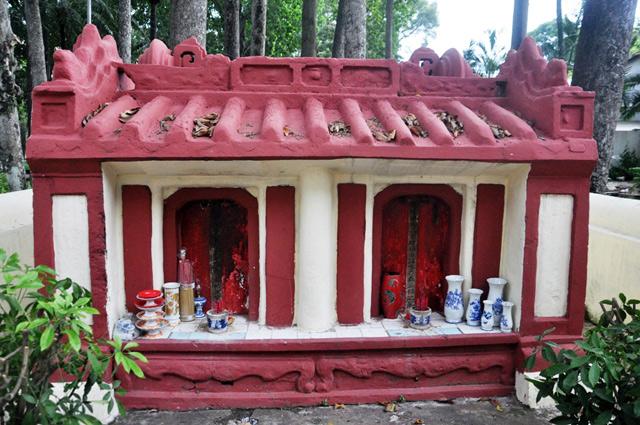 Giải mã ngôi mộ cổ ai đi vào cũng phải cúi mình ở Sài Gòn - 5