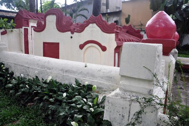 Giải mã ngôi mộ cổ ai đi vào cũng phải cúi mình ở Sài Gòn - 2