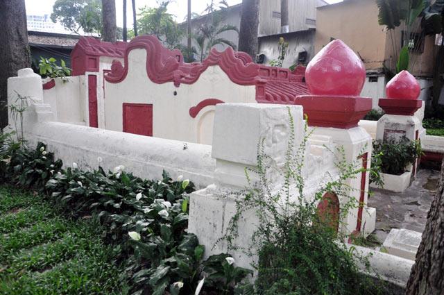 Giải mã ngôi mộ cổ ai đi vào cũng phải cúi mình ở Sài Gòn - 10