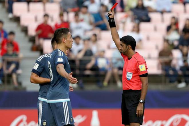 U20 World Cup: SAO 62 tỷ Argentina giở thói côn đồ nhận kết đắng - 4