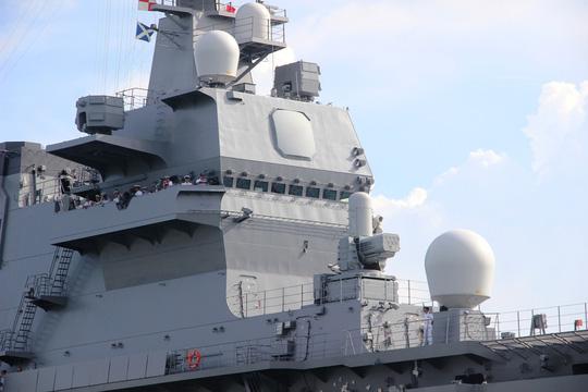 Cận cảnh tàu hải quân Nhật, Mỹ thăm Cam Ranh - 5