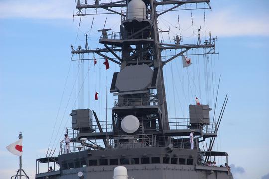 Cận cảnh tàu hải quân Nhật, Mỹ thăm Cam Ranh - 7