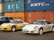 Thị trường - Tiêu dùng - Ô tô dưới 16 chỗ phải làm thủ tục hải quan tại cửa khẩu