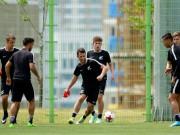 Bóng đá - Luyện tuyệt chiêu hạ U20 Việt Nam, New Zealand tập khung giờ lạ